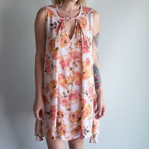 •3 for $20• AUDREY 3 + 1 Floral Dress Tunic